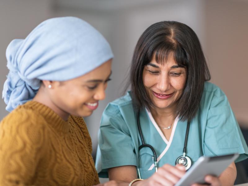 paciente y equipo medico